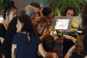 Τραγωδία στη Γένοβα: Ανείπωτος θρήνος στις κηδείες των θυμάτων! (photos)