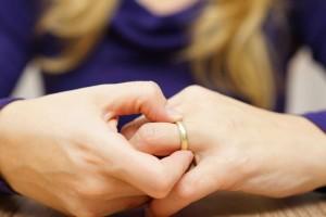 Αληθινή εξομολόγηση: «Πώς η αδιαφορία σκότωσε τον γάμο μου.»