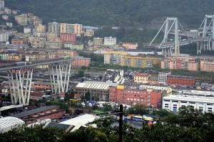 Γένοβα: Αγνοούνται περίπου 20 άτομα στα συντρίμμια της γέφυρας