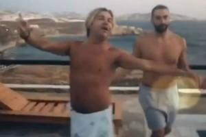 Κλάμα: Το τσιφτετέλι του Τρύφωνα Σαμαρά και του Νίκου Κοκλώνη που έχει γίνει viral!