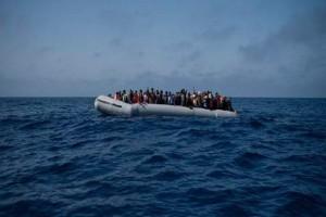 Εντοπίστηκαν και διασώθηκαν 53 μετανάστες στη Χίο!