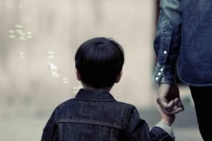 Βίντεο-σοκ: Κάμερα καταγράφει απαγωγές παιδιών!