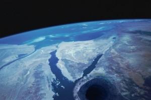 Θεωρία συνωμοσίας: Ποιοι ζούνε μέσα στη Γη;