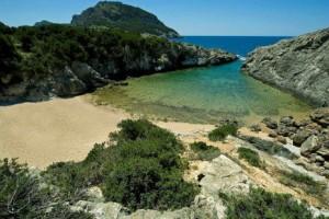 Τέσσερις μαγευτικές παραλίες στη Μεσσηνία που πρέπει να γνωρίσετε!