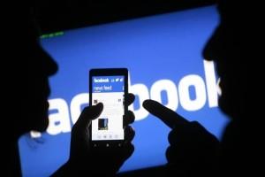 FOMO: Το σύνδρομο που πάσχουν όσοι έχουν facebook!