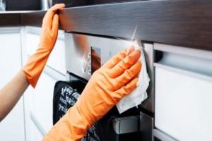 Κάνε τον φούρνο σου να λάμπει με τον πιο φυσικό τρόπο!