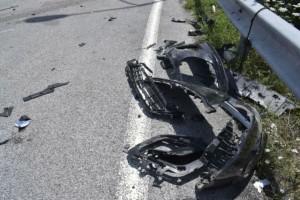 Πάτρα: Τροχαίο με όχημα χρηματαποστολής – Μάχη των πυροσβεστών για τον απεγκλωβισμό των επιβατών