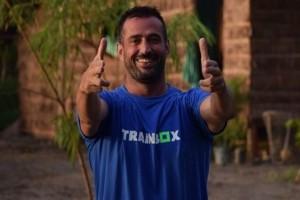 Γιώργος Κατσινόπουλος: Πάρτι έκπληξη και τούρτα υπερπαραγωγή για τον πρώην παίκτη του Nomads!