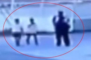 Βίντεο - ντοκουμέντο: Η στιγμή που ο απαγωγέας οδηγεί τα 11χρονα παιδιά σπίτι του!