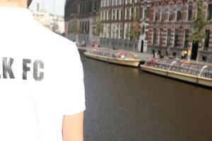 Ένταση στο Άμστερνταμ μεταξύ οπαδών της ΑΕΚ και αστυνομικών!