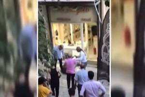 Αναζητούνται δύο άτομα που φαίνονται σε βίντεο να χτυπούν τον επίδοξο ληστή στο κοσμηματοπωλείο!