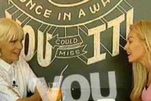 Τζούλια Νόβα: Η απίστευτη εξομολόγηση της παρουσιάστριας!   Ο ξυλοδαρμός και τα σκληρά παιδικά χρόνια (video)