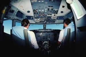 Αεροπλάνο: Γιατί ο πιλότος μιας πτήσης δεν τρώει ποτέ το ίδιο φαγητό με τους υπόλοιπους!