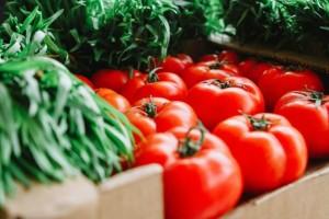 Πειραιάς: Κατασχέθηκαν 4.600 κιλά ντομάτα με φυτοφάρμακα