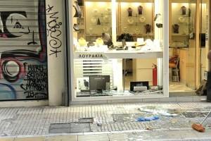 Απόπειρα ληστείας σε κοσμηματοπωλείο στο κέντρο της Αθήνας (photos)