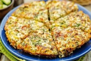 Ομελέτα φούρνου με πατάτες, κολοκυθάκια και ανθότυρο!