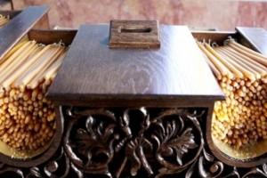 Λέσβος: Ανήλικος προσπάθησε να κλέψει το παγκάρι της εκκλησίας!