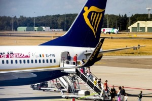 Ryanair: Ματαιώθηκαν 190 πτήσεις την Παρασκευή!