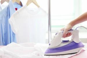 Το τέλειο κόλπο για να έχεις σιδερωμένα ρούχα χωρίς να κουράζεσαι! (Video)