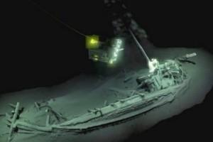 Μία απίστευτη ανακάλυψη: Βρέθηκε αρχαιοελληνικό καράβι 2.400 ετών σχεδόν άθικτο στην Μαύρη Θάλασσα!