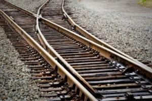 Θρίλερ στη Θεσσαλονίκη: Βρέθηκε πτώμα στις ράγες τρένου!