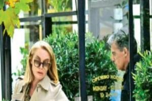 Τατιάνα Στεφανίδου - Νίκος Ευαγγελάτος: Ο απαράβατος κανόνας του δρόμου!Η παράδοση που δεν σπάει