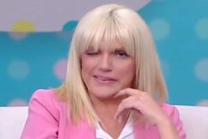 """Εγκεφαλικό on air για την Σάσα Σταμάτη: """"Πάγωσε"""" η παρουσιάστρια!"""