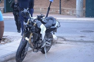 Τροχαίο σοκ: Ταξιτζής παραβίασε STOP και χτύπησε αστυνομικούς ΔΙΑΣ!