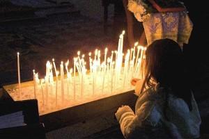 Χαμός σε εκκλησία στα Γιάννενα: Ιερέας εξομολόγησε μια νεαρή μητέρα! Δεν φαντάζεστε όμως τι ακολούθησε