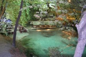 Το μικρό ελληνικό χωριουδάκι δίπλα στο ποτάμι! Εικόνες που θα σας φτιάξουν την διάθεση!