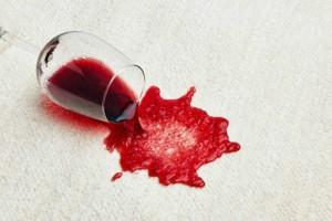 Καθαριότητα στο σπίτι: Έτσι θα αφαιρέσετε τους λεκέδες από το χαλί σας!