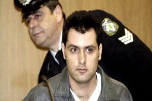 O υπάλληλος της ΕΡΤ serial killer αλλοδαπών: «Πατέρα, με θεωρούν φονιά ή ήρωα;»