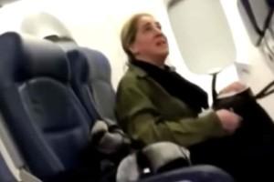 Ουρλιαχτά σε πτήση: Αρνήθηκε να κάτσει δίπλα στο μωρό γιατί... έκλαιγε!