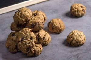 Cookies βρώμης με σταφίδες και καρύδια!