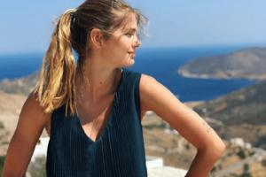 Αμαλία Κωστοπούλου: Πιο όμορφη από ποτέ στο κρεβάτι της εντελώς άβαφη! (Photo)