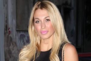 Κωνσταντίνα Σπυροπούλου: Η παρουσιάστρια μας ξεναγεί στην... κρεβατοκάμαρα της! (Photo)