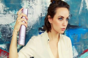 14 έξυπνες και πρακτικές χρήσεις της λακ μαλλιών που σίγουρα δεν γνώριζες! - Ειδικά η 9η θα ενθουσιάσει όλες τις γυναίκες!