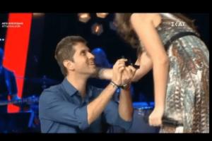 Πρόταση γάμου έκπληξη στο The Voice! Τι απάντησε η διαγωνιζόμενη; (Βίντεο)