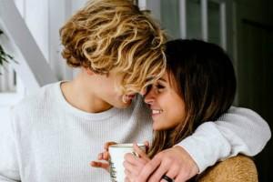 Δεν απαντάει στα μηνύματά σου; 8 λόγοι που συμβαίνει αυτό και γιατί δεν αξίζει να ασχοληθείς μαζί του!