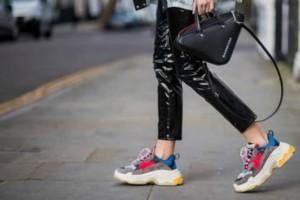 5+1 Dad sneakers: Η απόλυτη τάση της σεζόν! Δείτε τα παπούτσια που φοράνε όλες οι fashion bloggers