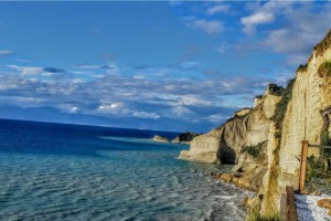 Η ελληνική παραλία που βρίσκεται στην πρώτη θέση της λίστας με τις 50 καλύτερες του πλανήτη!