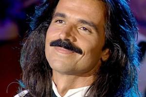Σαν σήμερα στις 14 Νοεμβρίου το 1954 γεννήθηκε στην Καλαμάτα το «φαινόμενο» Yanni