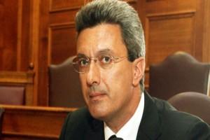 Αγωνία για τον Νίκο Χατζηνικολάου: Το κρίσιμο χειρουργείο 7 ωρών στο κεφάλι!