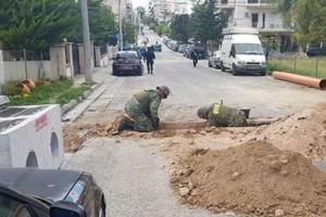 Ίλιον: Εξουδετέρωσαν εννέα βόμβες σε κεντρικό δρόμο (photos)