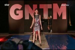 GNTM: Ένα μάτσο βιόλες! Μοντέλα για κλάματα πάνω στην πασαρέλα! (video)