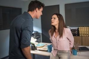 Η επιστροφή: Ο Μάνος ζητάει τη βοήθεια του Λευτέρη για την υπόθεση του πατέρα του! - Όλες οι εξελίξεις!