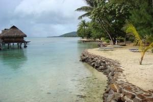 Απίστευτο κι όμως αληθινό: Το νησί στο οποίο θα πληρώσεις 1.000 ευρώ πρόστιμο αν βάζεις... αντηλιακό!
