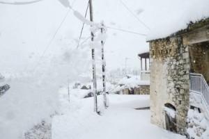 Θρίλερ στην Κοζάνη: Εγκλωβίστηκαν 30 άνθρωποι σε καταφύγιο!