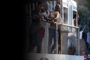 Ανυπόφορη η κατάσταση στη Σάμο: Σε hotspot 700 θέσεων ζουν 5.000 μετανάστες!
