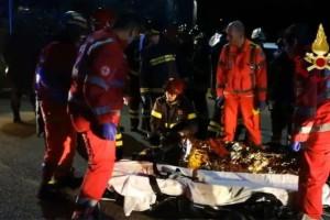 Σοκαριστικό βίντεο: Δείτε τη στιγμή της τραγωδίας στο κλαμπ στην Ιταλία!